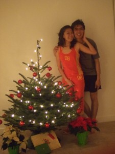 after we deco the tree! so pretty isn't it! :)